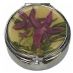 Compact Mirrors, Manicure Sets and Pill Boxes